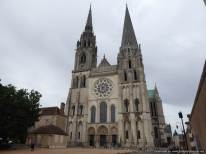 3. Chartres (36)