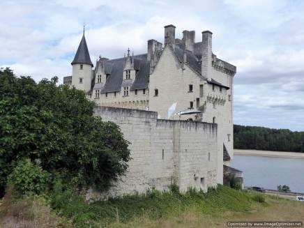 5. a Montsoreau (east of Saumur) (17)